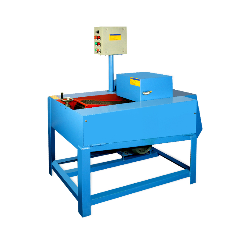 Multi-pieces strips/cubes sawing machine