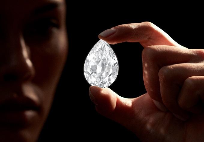 1_1626147538_101.38_carat_D_colour_flawless_diamond