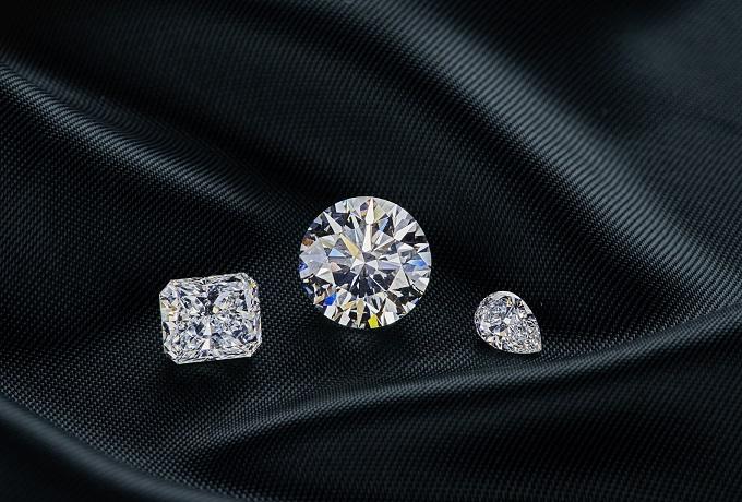 1_1625723946_Alrosa_unveils_new_tech_to_trace_diamonds